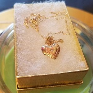 Jewelry - 10k gold with vintage locket necklace
